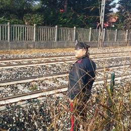 Mozzate, uomo travolto dal treno