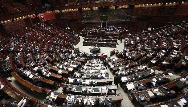 Riforme da 23 11 votazioni aula camera ansa roma for Votazioni alla camera