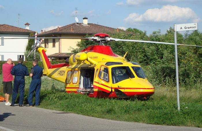 Elicottero Niguarda : Cade con la moto grave un uomo a cabiate cantù mariano