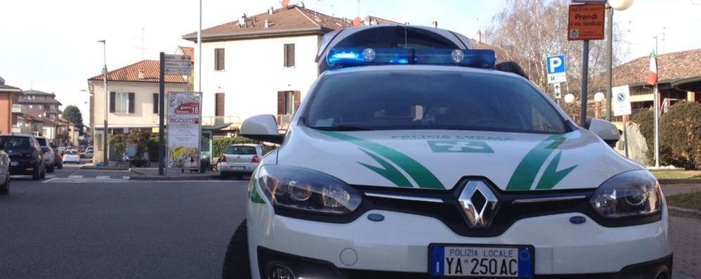 Cantù, incidente a Vighizzolo  Soccorsi con l'elicottero  per salvare bimbo di 3 anni