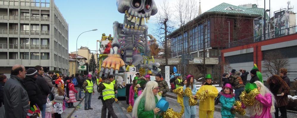 Carnevale a Cantù e in provincia Due pagine speciali