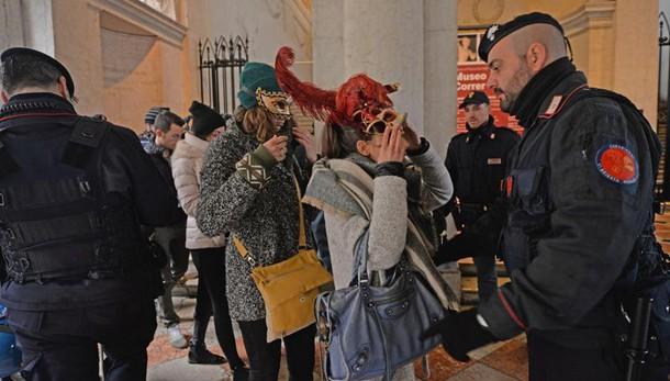 Carnevale: Venezia, domani volo Angelo