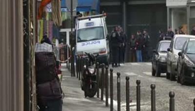 Parigi, cinture esplosive fabbricate in casa Bruxelles