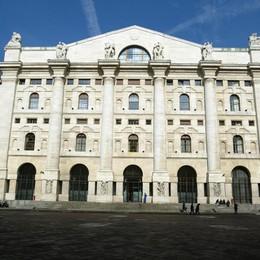 Borsa Milano +0,29, Mps -8,6%