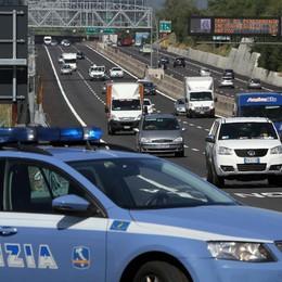 Inseguimento in A14, arrestati ladri tir