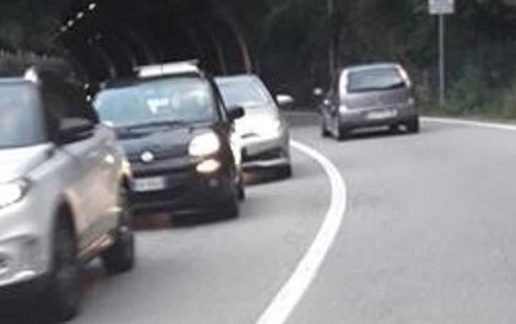 Incidente a Moltrasio  Ferito con la moto