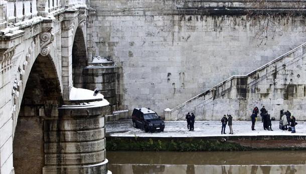 Terremoto, a Roma chiuso al traffico Ponte Mazzini: verifiche tecniche