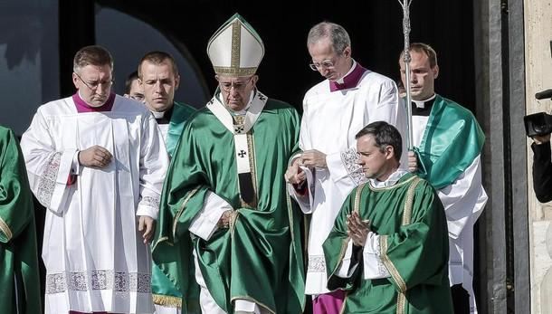 Papa Francesco nomina nuovi cardinali in un prossimo concistoro