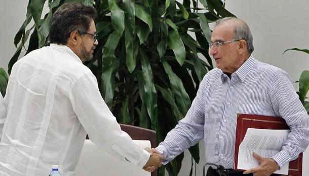 Il governo colombiano firma un nuovo accordo di pace con le Farc