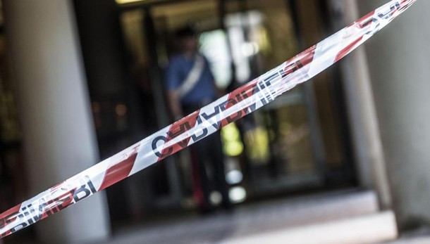 Sudamericano trovato morto in strada a Bollate