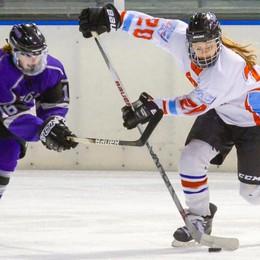 Hockey Como femminile Rinvio per referendum