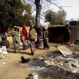 Nigeria: due attacchi kamikaze, 65 morti