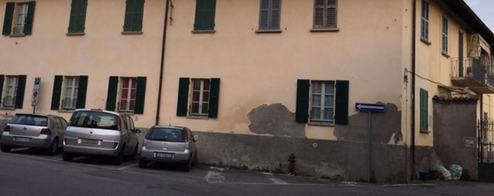 Mozzate Patrimonio, stop all'asta  Salvi gli inquilini delle 80 abitazioni