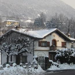 Meteo, torna la neve nelle valli  Precipitazioni oltre i 600 metri