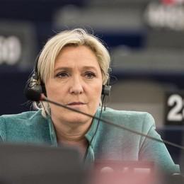 Marine Le Pen si candida a presidenziali