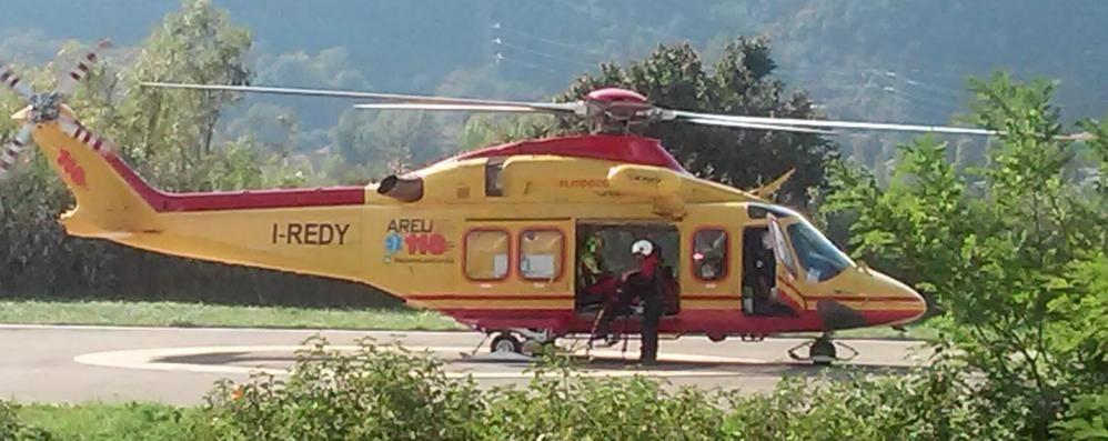 Incidente stradale a Cadorago   Gravemente ferito il motociclista