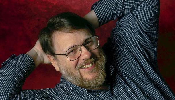 Addio a Raymond Tomlinson: il papà delle email e della
