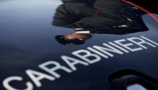 Napoli, cadavere di un 35enne trovato in strada