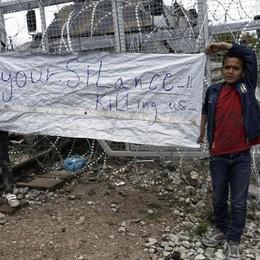 Grecia da' via a sgombero campo Idomeni