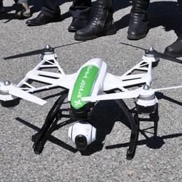 Primi test con i droni  per i vigili di Cantù