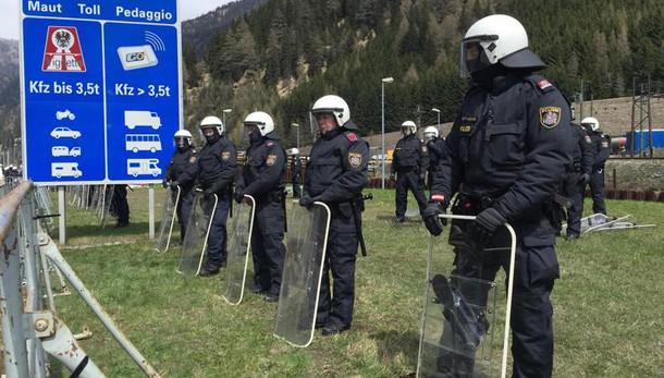 Austria: se l'Italia farà i compiti nessun muro al Brennero