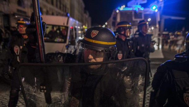 Euro 2016, scontri fra ultrà 20 russi espulsi