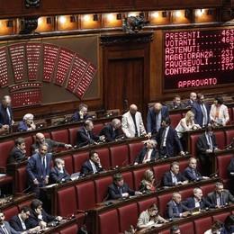 Banche: Camera approva decreto, è legge