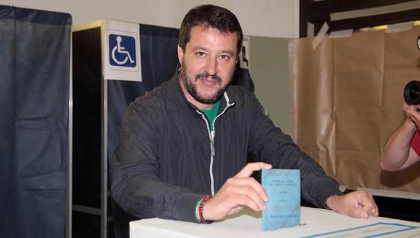 Salvini: Se fossi premier, non farei più il segretario della Lega