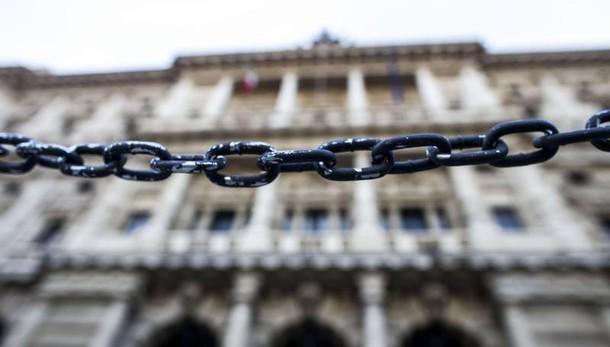 Scuorum: a Parma certificate 18mila firme per i 4 referendum