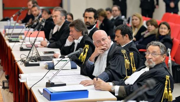 Olivetti: 5 anni e due mesi ai De Benedetti