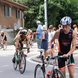 Spettacolo triathlon  Vittoria della Tagliabue