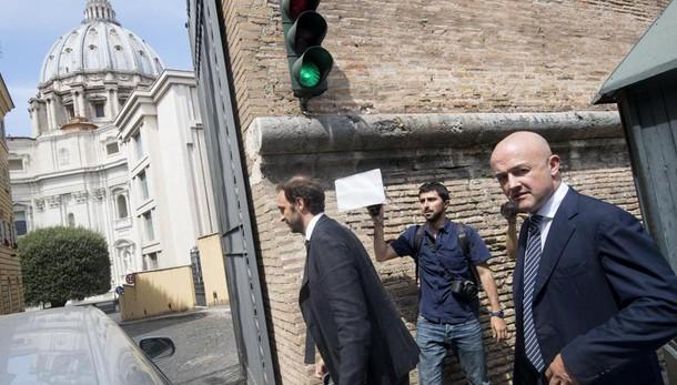 Vatileaks: condannati Vallejo e Chaouqui, assolti i giornalisti italiani