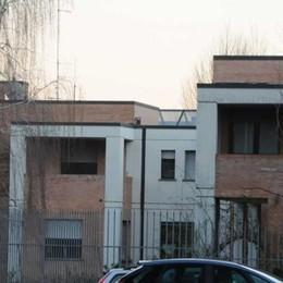 Il litigio in famiglia degenera  Mozzate, padre e figlio arrestati