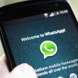 Whatsapp rivelerà a Facebook  il nostro numero di telefono