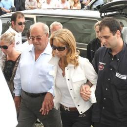 Travolta da un taxi in Sardegna  Grave la vedova di Bruno Abbate