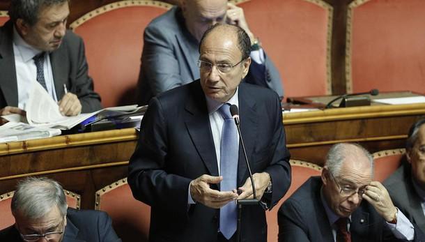 Berlusconi: bene ritorno Schifani in Fi