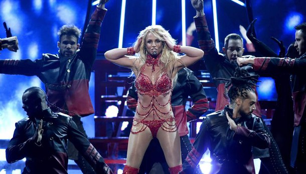 Britney Spears: in pericolo di vita per un grave incidente in mare