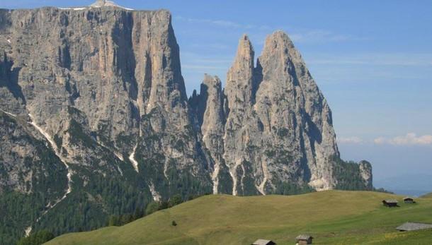 Morte in alta quota: due giovani escursionisti precipitati in Alto Adige