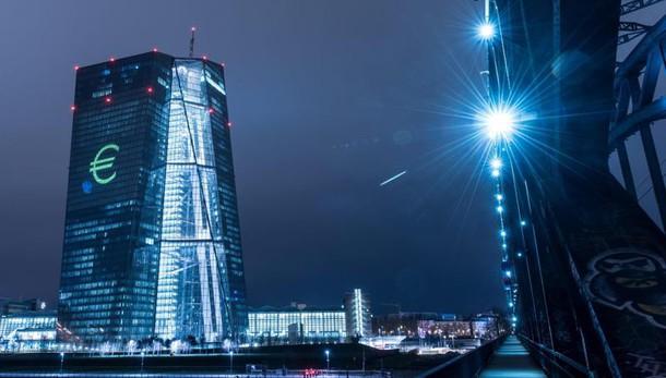 Bce, ripresa moderata ma costante