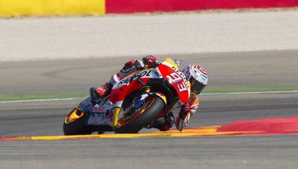 Moto Gp Aragon, Marquez in pole. Rossi sesto: