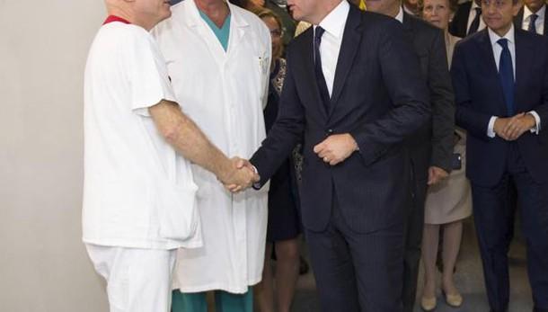 Sanità: Renzi, tagliato anche troppo