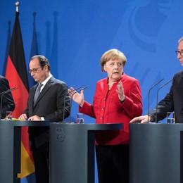 Merkel-Hollande-Juncker, 'sì a crescita'