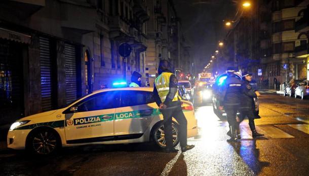 Milano, si cerca pirata della strada su Nissan Qasqai chiamare lo 020208