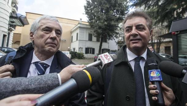 Banche, i sindacati contro Renzi: pronti allo sciopero generale