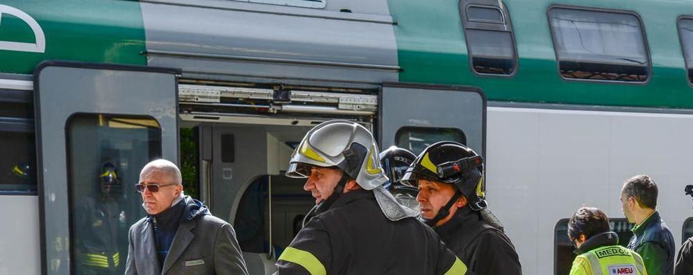 Travolto dal treno, il dolore dei figli  «Ciao papà, poeta e gran lavoratore»