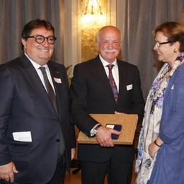 """Medaglia d'oro svizzera  per l""""eroe"""" di Novedrate"""