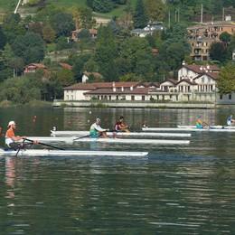 Il Trofeo D'Aloja a Eupilio Vanno in acqua 755 atleti