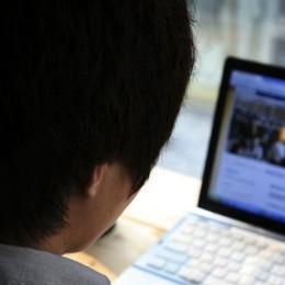 """Ragazza di 14 anni si taglia per """"gioco""""  Balena blu: 4 denunce in pochi giorni"""