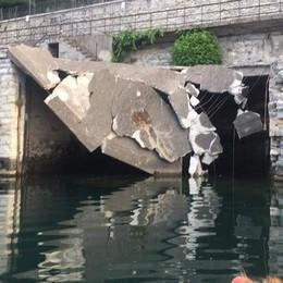 Crollata parte della darsena di Moltrasio  «L'unica soluzione è demolire tutto»