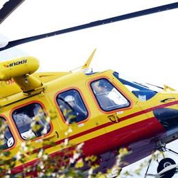 Rezzago, cade dalla bicicletta  Uomo soccorso dall'elicottero